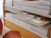 letti a mini castello con scrivania