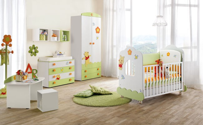 lettino winnie the pooh per neonati obl. Black Bedroom Furniture Sets. Home Design Ideas