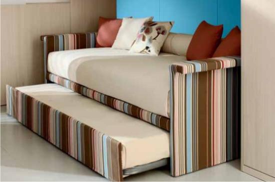Rifoderare divano costi come foderare un divano con - Foderare un divano da soli ...