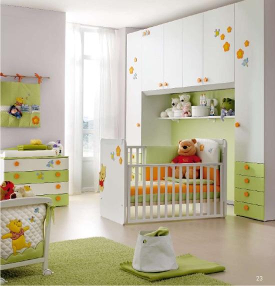 Lettino per neonati winnie the pooh trasformabile in letto.