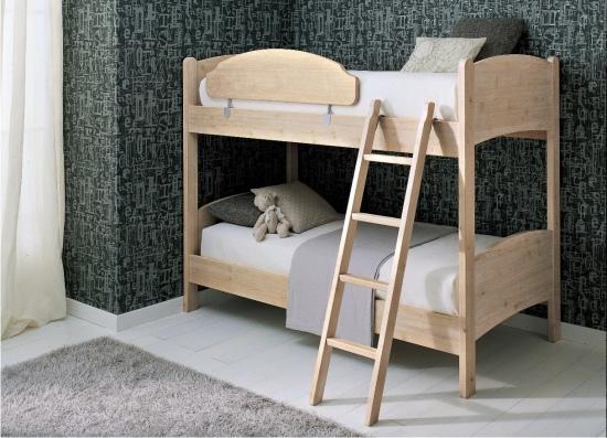 letti a castello classici in legno
