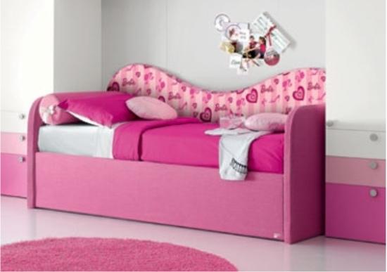 la cameretta di barbie: letto a divano