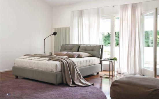 Imbottito outlet del letto a milano