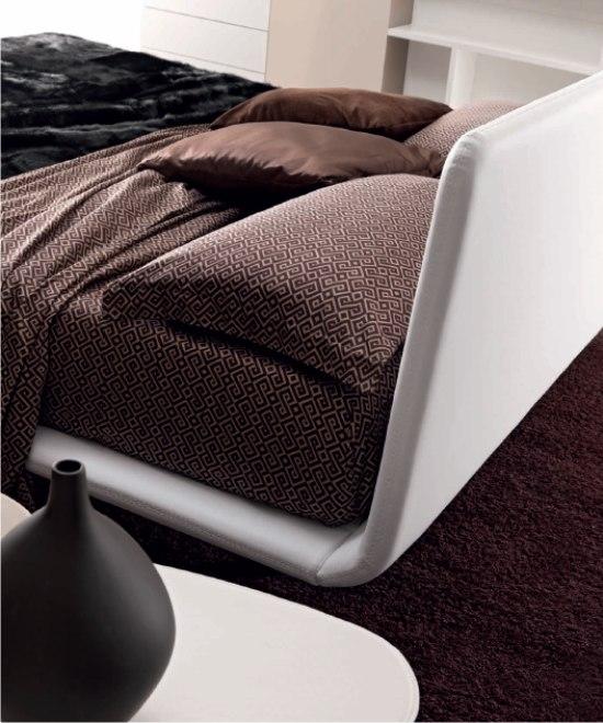 la cucitura del letto